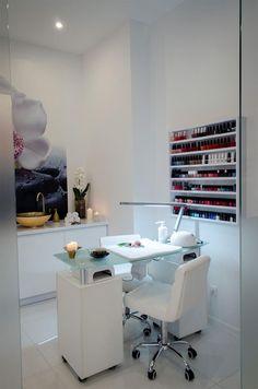 Light under table nail saloon, pedicure salon ideas, manicure table ideas, spa pedicure