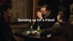Lo que si es publicidad y un verdadero amigo Carlsberg      http://blogueabanana.com/ar-t/101-publicidad/973-publicidad-amigo-carlsberg.html