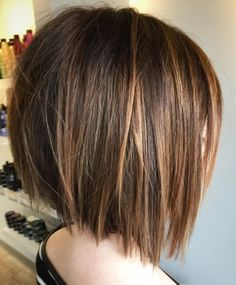Canapés of long hairstyles Bob; It is, in the first place, among the hair styles that all ladies love very much. Models that can create very different designs with hair colors like sweep and shadow are very cool. Canapés of long bob… Continue Reading → Bob Style Haircuts, Asymmetrical Bob Haircuts, Medium Bob Hairstyles, Straight Hairstyles, Haircut Styles, Short Haircuts, Stacked Bob Haircuts, Short Blunt Haircut, Cool Haircuts For Women