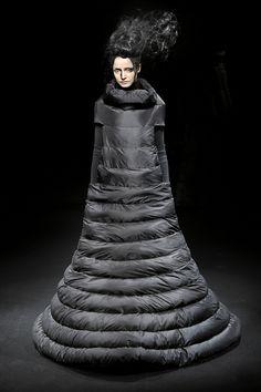 Junya Watanabe F/W 2009 avantgard, dress up, winter dresses