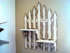 Étagère murale façon vieille clôture. Donnez un air de campagne à votre intérieur