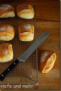 Breakfast Rolls with Yoghurt Cooking Bread, Bread Baking, Baking Recipes, Snack Recipes, Snacks, Kenwood Cooking, German Bread, Bread Bun, I Love Food