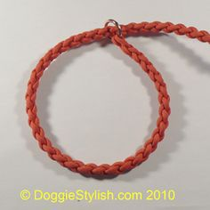 I am making this slip leash and may end do more for rescues.... Good idea anyway.