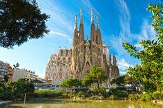Sagrada Familia in Barcelona,Spain.Building by Antonio Gaudi in Barcelona Tours, Barcelona Hotels, Barcelona Catalonia, Barcelona Travel, Barcelona City, Destinations D'europe, Holiday Destinations, Sites Touristiques, Antoni Gaudi