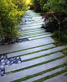 Having a front yard garden to beautify home looking is very likely. The front yard garden design ideas help you to get the garden design your dream. Everybody most like the house with beautiful front yard garden. Many garden design… Continue Reading →