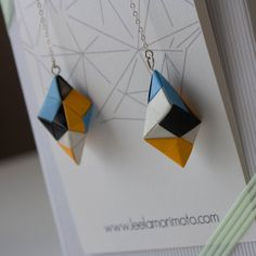 Ayano Origami Earrings, via Etsy. Origami Earrings, Origami Jewels, Origami And Quilling, Paper Earrings, Paper Crafts Origami, Diy Origami, Paper Jewelry, Diy Earrings, Jewelry Crafts
