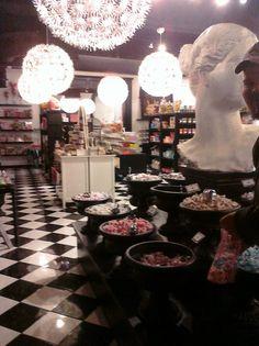 Cupcake Shop In Bricktown, OKC