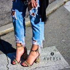 c2cb1a67c80fe Must Have - Aversa Shoes S.r.l.. Sandalo con tacco Steve Madden Friday  leopardato