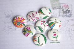 8 large buttons fabric Ecru Flower Button French  www.pinterest.com/cocoflower