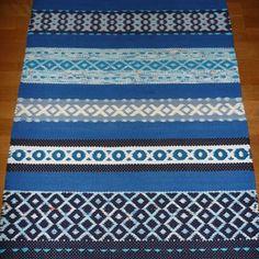 Kuva kuviomatto - Räsymattoja - Rentukka Rag Rugs, Peugeot, Hand Weaving, Pattern, Home Decor, Farmhouse Rugs, Handmade, Hand Knitting, Decoration Home