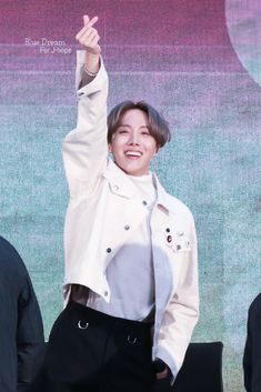 Image discovered by ARMY. Find images and videos about kpop, bts and jhope on We Heart It - the app to get lost in what you love. Jung Hoseok, Gwangju, Bts Memes, V Wings, J Hope Twitter, Jin, Blue Dream, Bts J Hope, Bulletproof Boy Scouts