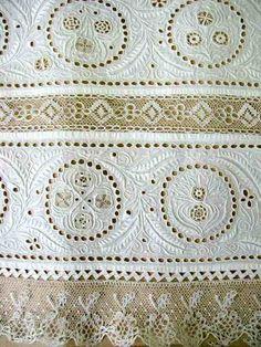White embroidery from Western Slovakia. - Biela dierková výšivka z rukáva mužskej košele. Okolie Trnavy. Začiatok 20. storočia. ÚĽUV.