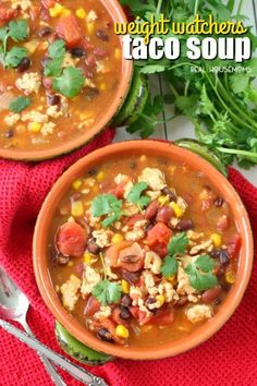 Looking for a delicious, low-point Weight Watchers soup recipe? This fantastic W… Looking for a delicious soup recipe from Weight Watchers? This awesome Weight Watchers taco soup is a fantastic option for a healthy, filling lunch or dinner! Weight Watcher Taco Soup, Weight Watchers Casserole, Weight Watchers Snacks, Weight Watchers Breakfast, Weight Watchers Chicken, Casserole Recipes, Soup Recipes, Cooking Recipes, Healthy Recipes