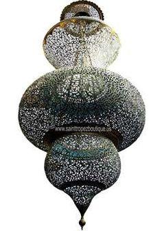 Beautiful Moroccan Lamp - Maroc Désert Expérience http://www.marocdesertexperience.com
