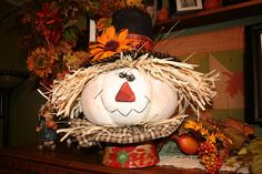 Polly Want A Crafter?: Pumpkin Scarecrow Fall Decoration Tutorial