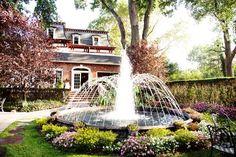 fountain... I need this in my backyard