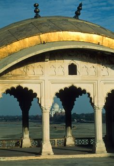 India Photo Gallery: Romantic Taj Mahal/Agra   Away.com>>>ew517