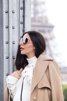Chloé Carlina sunglasses and lace-up sleeves