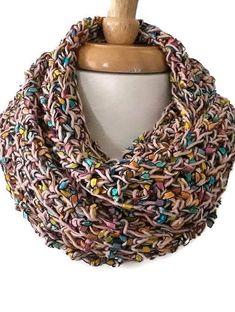 36 Best Free Crochet Scarf Patterns 2019 - Page 31 of 36 - womenselegance. Crochet Hook Set, Knit Or Crochet, Crochet Stitches, Crochet Hoodie, Crochet Scarfs, Crochet Blouse, Crochet Clothes, Scarf Patterns, Knitting Patterns