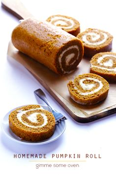 Dan Loves a good Pumpkin Roll! Learn how to make a classic pumpkin roll recipe with cream cheese filling. It's easy, and is always a total crowd-pleaser! Holiday Desserts, Just Desserts, Dessert Recipes, Cake Recipes, Fall Baking, Holiday Baking, Cupcakes, Cupcake Cakes, Muffin Cupcake