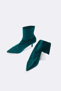 Satin Kitten Heel Sock Boots | na-kd.com