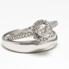 Wedding rings with diamond in 18 kt white gold