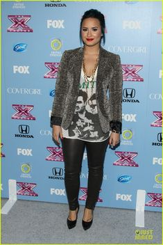Demi Lovato & Kelly Rowland: 'X Factor' Finalists Party! | demi lovato kelly rowland x factor finalists party 11 - Photo