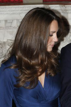 Kate Middletons brunette, wavy hairstyle