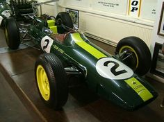 LOTUS-CLIMAX 25  Seven cars were built in total, numbered R1 to R7. Four cars - R1, R2, R3 and R5 - were written off (three of them by Trevor Taylor) in accidents between 1962 and 1966. The most successful was R4, which Clark drove to all seven of his World Championship wins in 1963. This car was later crashed by Richard Attwood then rebuilt as a Lotus 33 using a spare monocoque of that type and unofficially known as R13. (ph: wikimedia.com, Source : wikipedia.org)