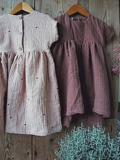 Atelier Mücher - swiss handmade organic fashion for kids Kids Clothes Patterns, Clothing Patterns, Little Fashion, Kids Fashion, Muslin Baby Blankets, Cute Baby Clothes, Sewing For Kids, Daily Wear, To My Daughter