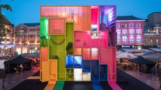 """designbinge: """"Dutch studio MVRDV has built a colourful, futuristic hotel, made up of nine rooms that can be moved into different configurations. On show in Eindhoven for Dutch Design Week 2017 """" Magazine Architecture, Hotel Architecture, Architecture Design, Temporary Architecture, Eindhoven, London Design Week, Espace Design, Design Your Dream House, House Design"""