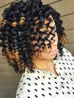 Natural hair enthusiast JARDAN PAIGE is at it again, mastering the ever-so-fabulous flexi-rod curl! Check out her tips on how to PERFECT this style for your own hair! ONLY ON THE ELLESCOOP :) If yo... How to use flexi rods on natural and relaxed hairstyles, tutorials for short and long hair, big curls http://www.shorthaircutsforblackwomen.com/flexi-rods-on-natural-hair/