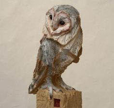 Risultati immagini per Jurgen Lingl Rebetez Tree Carving, Wood Carving Art, Wood Carvings, Sculptures Céramiques, Bird Sculpture, Ceramic Owl, Ceramic Animals, Inspiration Artistique, Pottery Animals