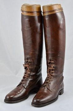 Officer's WW1 or later Tan Leather Field/Riding Boots with Wooden Trees