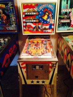 Liberty-Bell-Pinball-Machine
