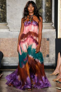 Emilio Pucci Spring 2015 Ready-to-Wear Fashion Show - Naomi Campbell