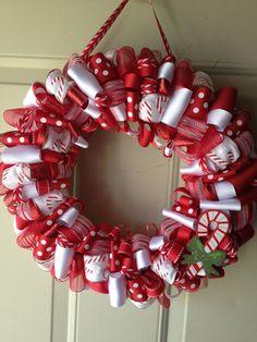 Candy Cane Christmas Wreath!