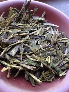 Enticing Dragonwell Tea pic by Sir William of the Leaf