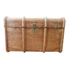 Antique 1930 Outer Rib Travel Trunk