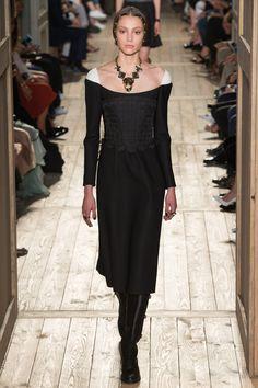 Valentino Haute Couture Fall/Winter 2016-2017 22