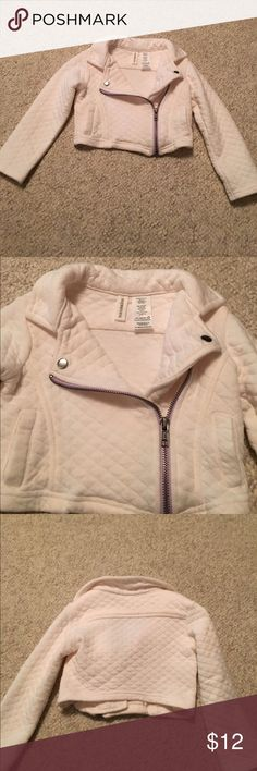 Baby girl 24 month old jacket/sweater/Valero Baby girl 24 month old jacket/sweater/Valero in excellent condition bundle #179 Touchskins Jackets & Coats