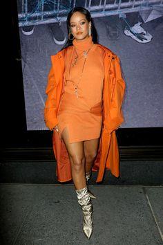 Rihanna Fenty Beauty, Rihanna Style, Fenty Collection, Fall Outfits, Fashion Outfits, Orange Outfits, Rihanna Photos, Orange Sweaters, New York Fashion