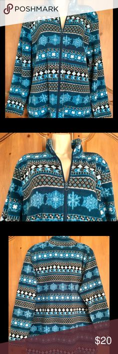 Cabin Creek Zip Front Fleece Lightweight Jacket Plus size. Turquoise, black & white snowflake pattern. Zip front; long sleeves; collar (fold down or mock turtleneck); side pockets. Cozy, warm but lightweight. Great condition! Cabin Creek Jackets & Coats