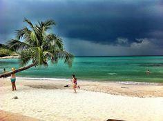 Thongson Bay, before the rain