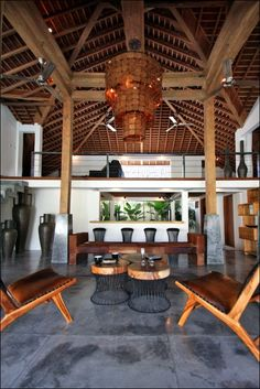 Beautiful wooden lounge with selected materials in a 3 bedrooms villa in the heart of #Seminyak #Bali Find more details here :  http://www.balilocations.com/villas/seminyak/bvse162-0#gallery