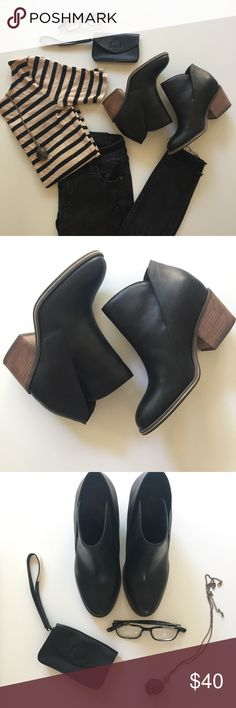 Jessica Simpson Black Tandra bootie Size 6.5 Jessica Simpson leather tandra bootie. In great condition. Cute with a dress, skinnier, and with cutoffs! Jessica Simpson Shoes