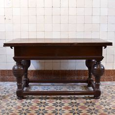 "Dutch expandable Draw leaf Table or ""bolpoottafel"". The top has two leaves that can be pulled out to almost double the length. Expandable Table, Antique Tables, Leaf Drawing, Leaf Table, Extendable Dining Table, French Antiques, Antique Furniture, Dutch, Entryway Tables"