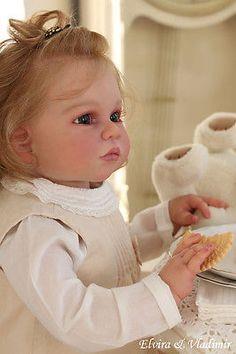 Elvira&Vladimir~Gabriela by Regina Swialkowski~Reva Schick~Ophelia~toddler Reborn Toddler, Toddler Dolls, Reborn Baby Dolls, Middleton Dolls, Wiedergeborene Babys, Antique Dolls, Diy And Crafts, Flower Girl Dresses, Children