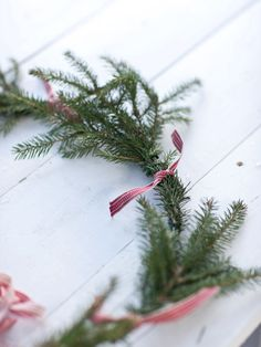 simple greenery and ribbon wreath