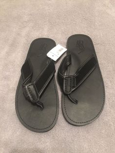 d9e2fe45bd4290 Polo Ralph Lauren Men s Sullivan Black Leather Sandals Flip Flops NWT -  Size 13D  fashion